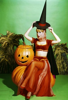 Fun History Holidays And Events People Places Pin Ups Poster Art Uncategorized Vintage Tagged Barbara Eden Halloween Hollywood