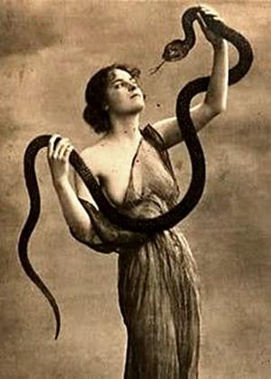 antique-nude-postcards